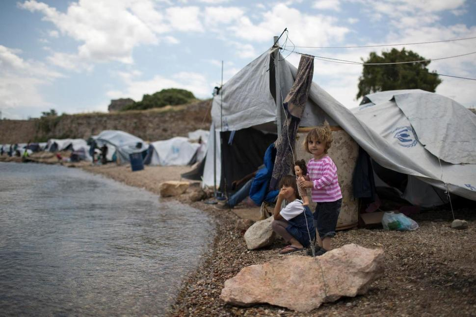 EU launches legal action against 3 countries over refugees