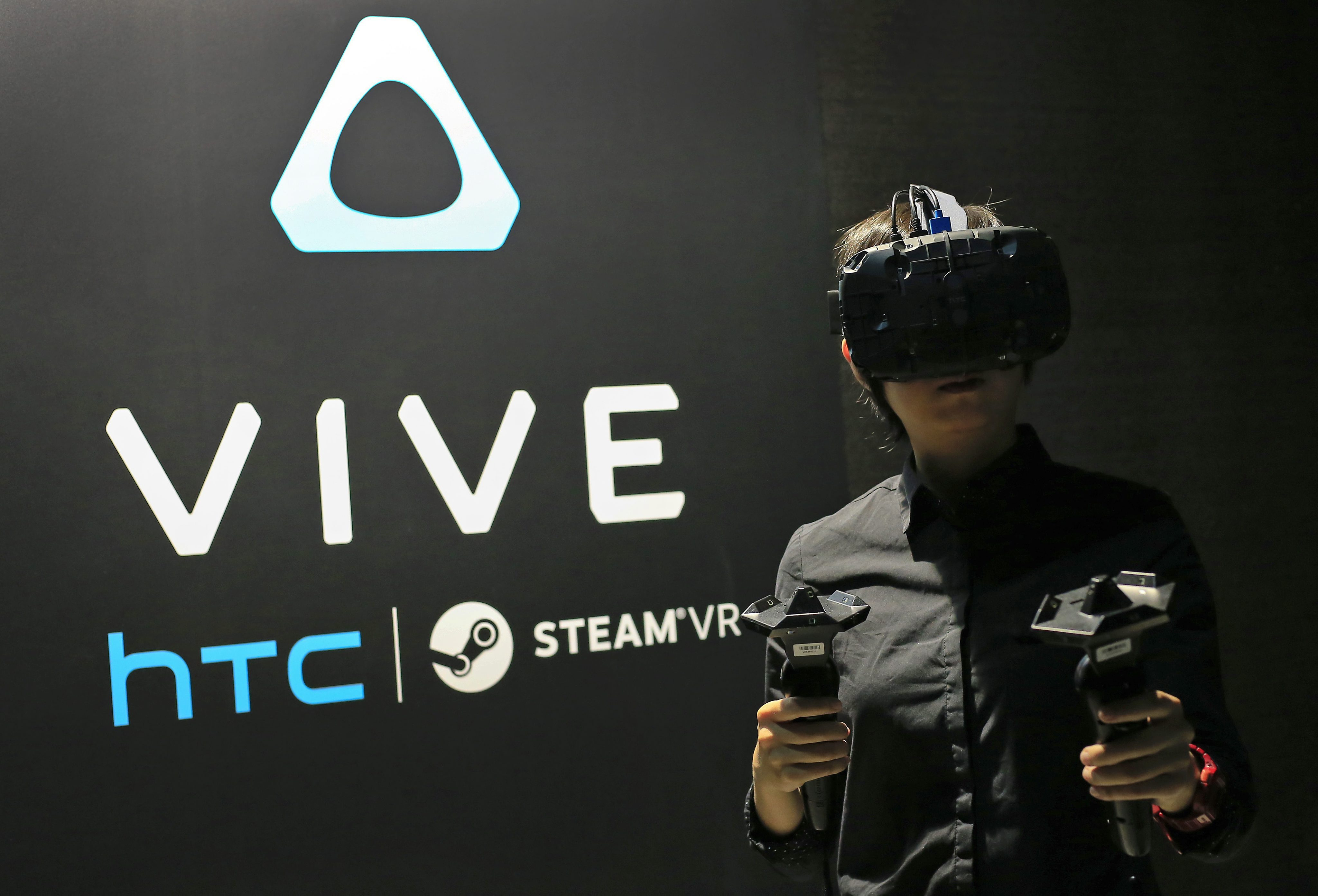HTC Vive goes after VR