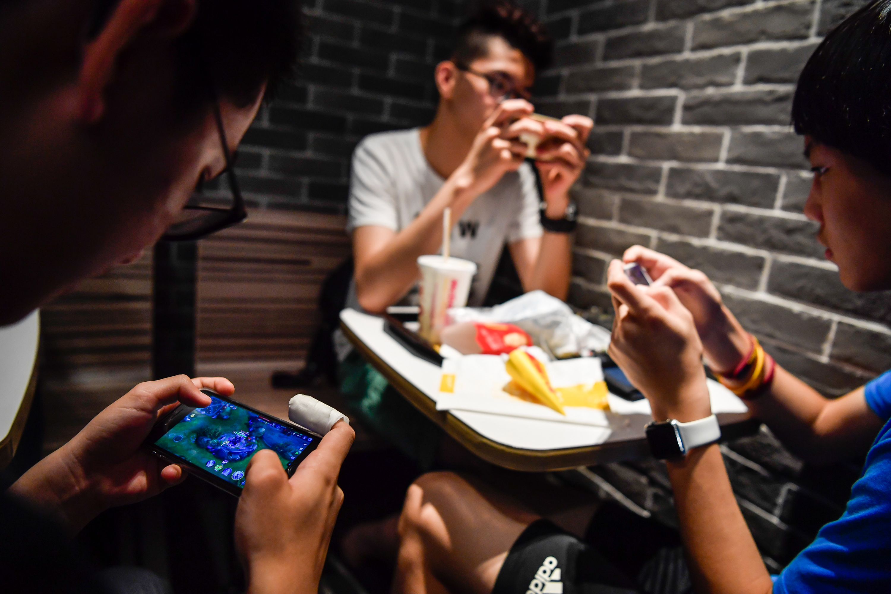 'King of Glory' ─ the latest craze to engulf mobile gaming