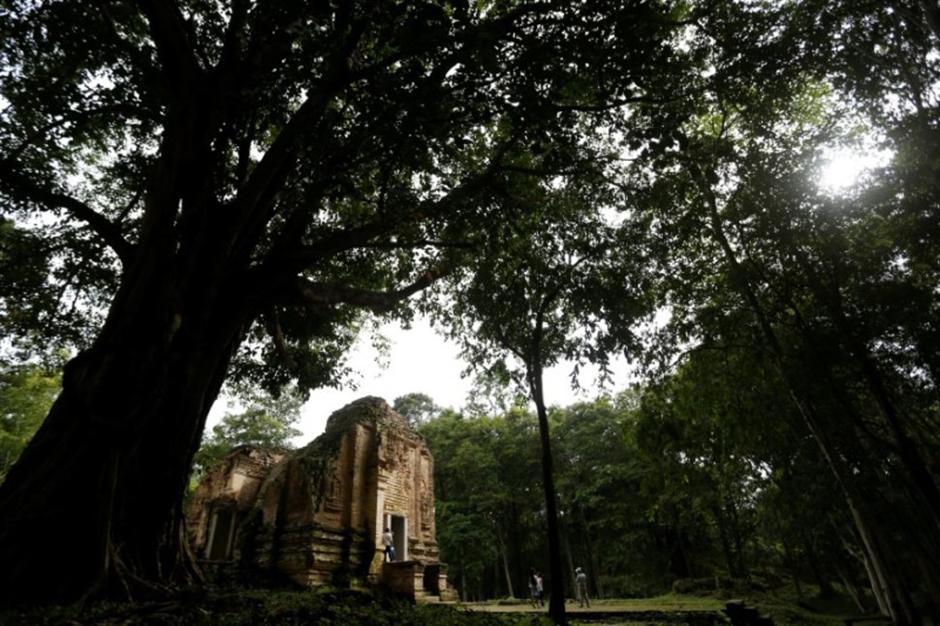 Tourists eye Cambodia's new world heritage site