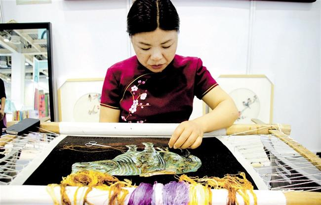 Su embroidery, a gem of silk product