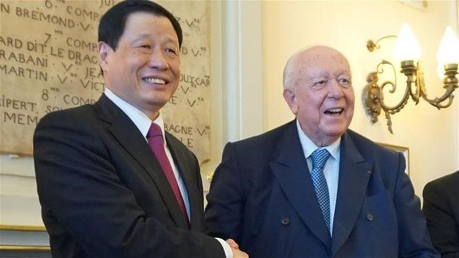 Shanghai delegation visits France, led by Ying Yong