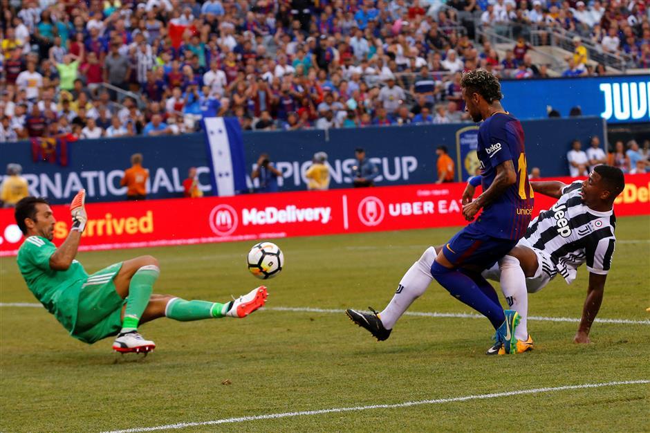 Neymar to PSG? Barcelona's denials don't stop transfer talk