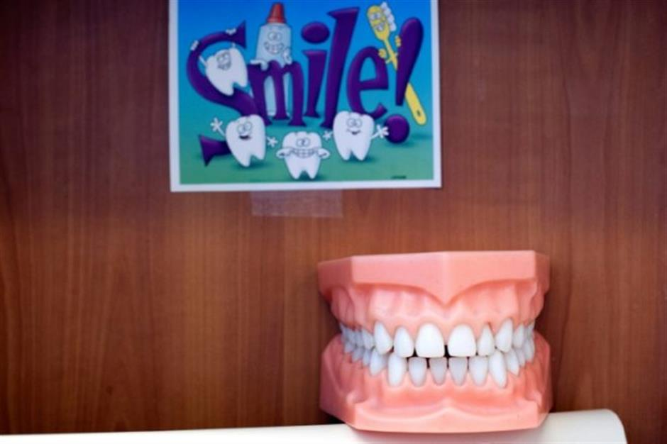 Gum disease linked to higher cancer risk in women: study