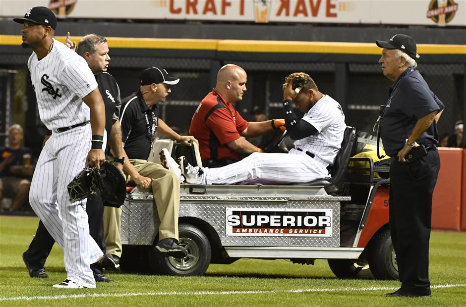 White Sox prospect Moncada glad he wasn't hurt worse in outfield collision