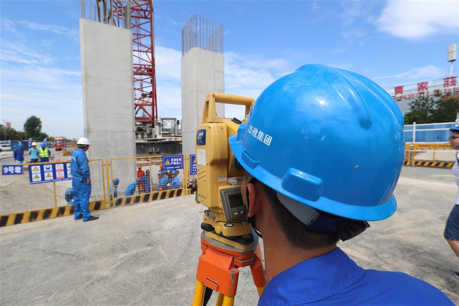 Prefabrication method applied to construction of new expressway