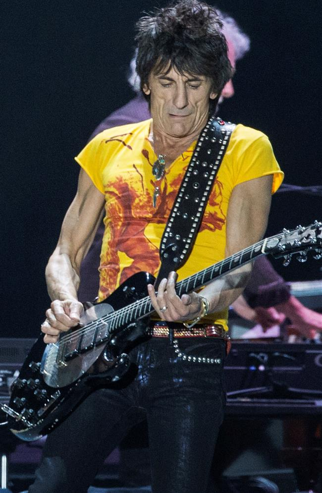 Rolling Stones' Ronnie Wood reveals cancer scare