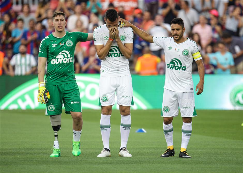 Chapecoense crash survivor returns to pitch in Barcelona curtain-raiser