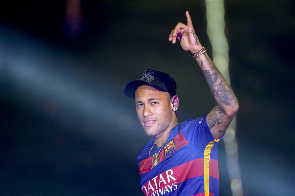 Barcelona sues Neymar for breach of contract