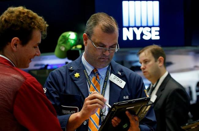Trump government shutdown threat rattles markets