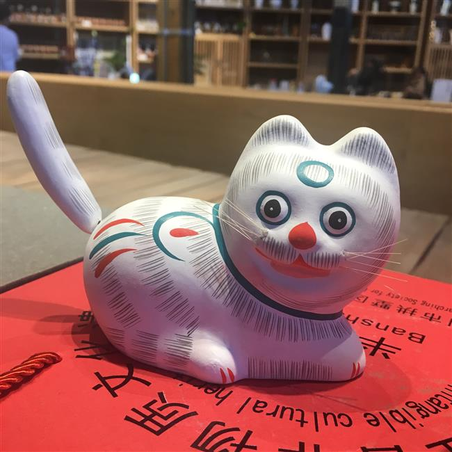 Reviving the ancient clay cats of Gaoting