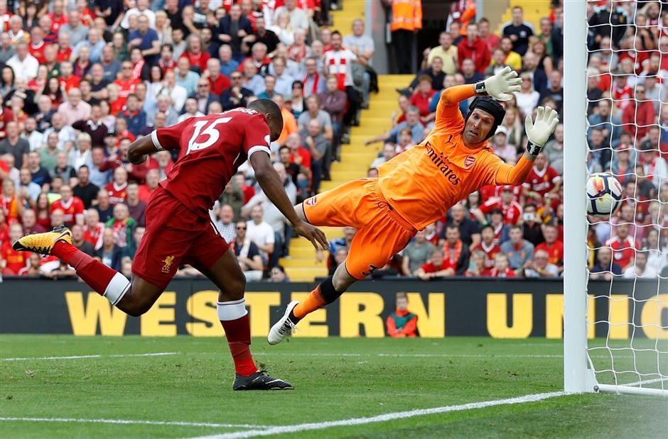 Rampant Reds crush woeful Gunners