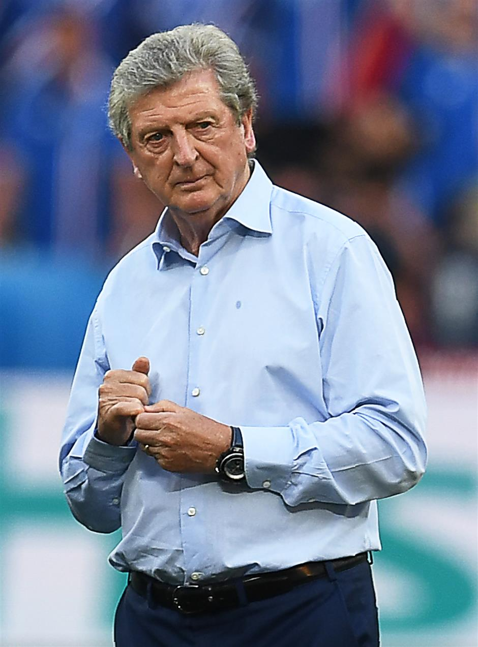 Hodgson takes over as Palace manager