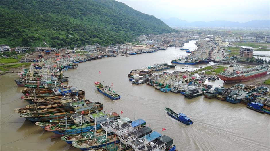 China renews orange alert for Typhoon Talim