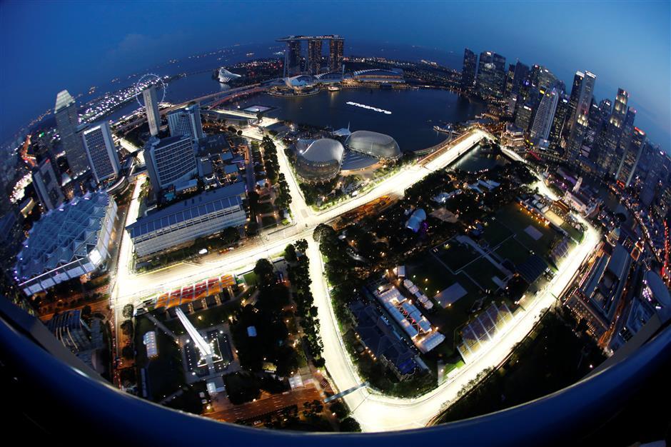 Ferrari's Vettel relying on Singapore experience to regain F1 lead