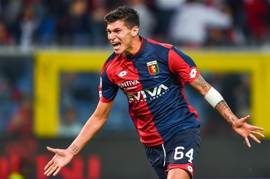 Pellegri, 16, gives Genoa something to celebrate