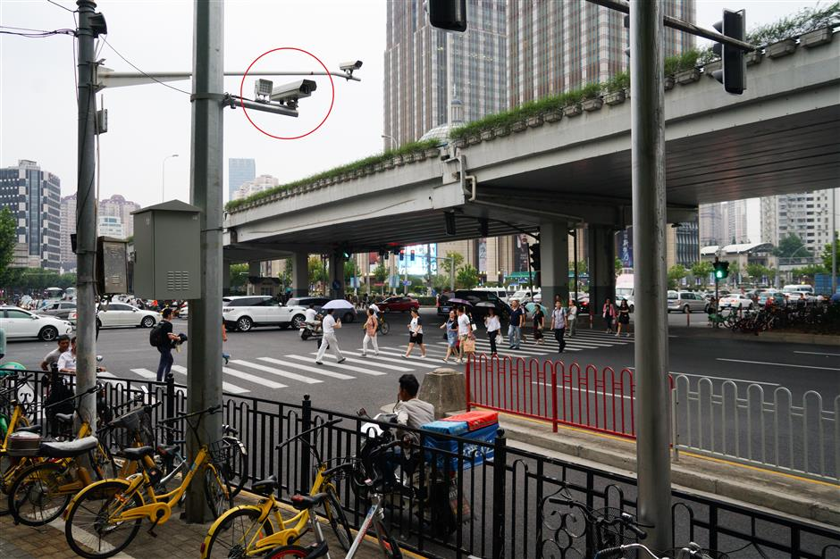 Finally, a traffic police camera targeting bike riders