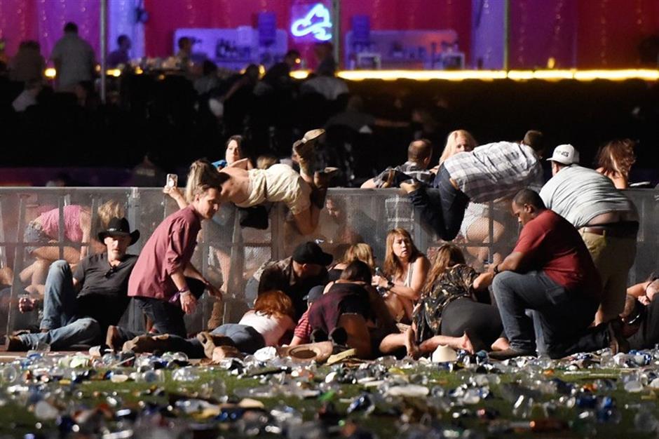 At least 59 people killed, 527 injured in Las Vegas shooting