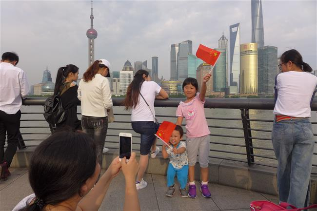 National Day holiday attracts record number of tourists
