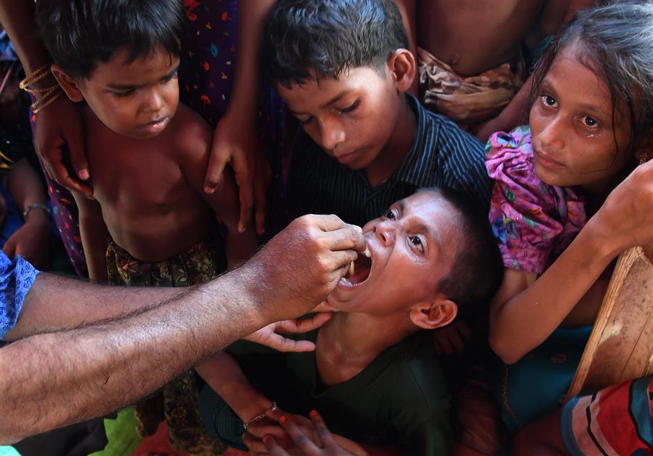 UN launches massive anti-cholera drive in Rohingya refugee camps