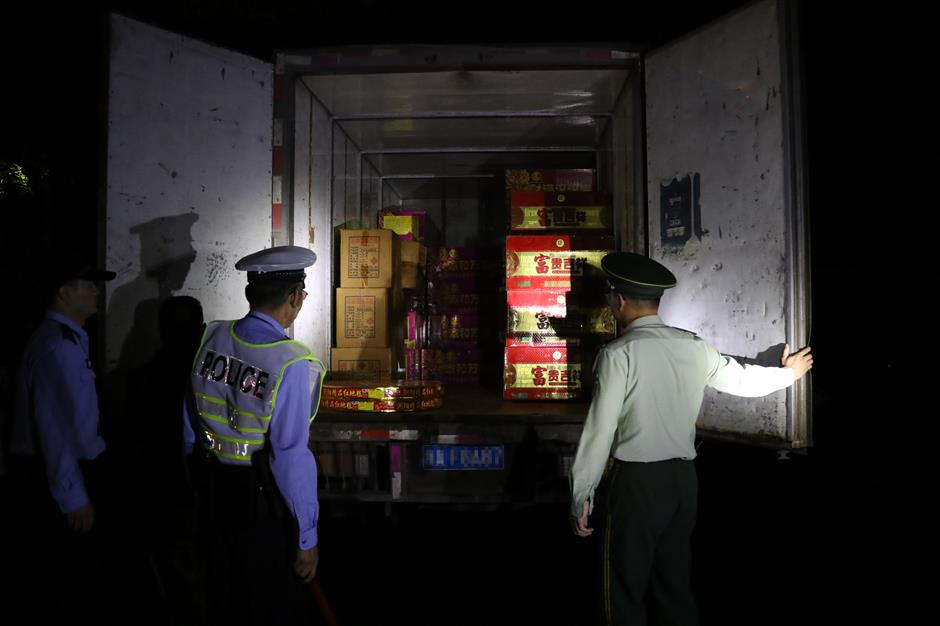Illegally transported fireworks spottedas driver misled by GPS