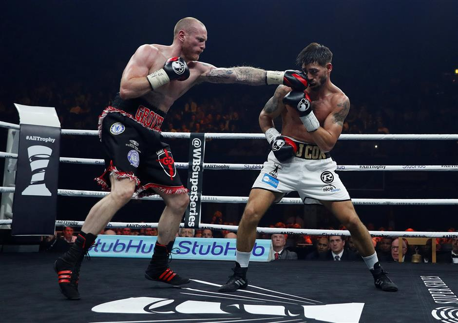 Report: Horn plans title defense against England's Corcoran