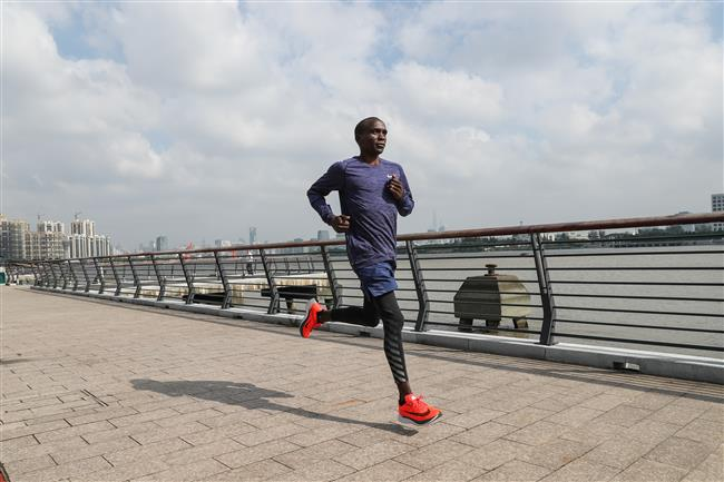 Kipchoge sets sight on marathon world record