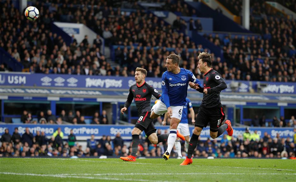 Koeman unsure of Everton future after 2-5 loss to Arsenal