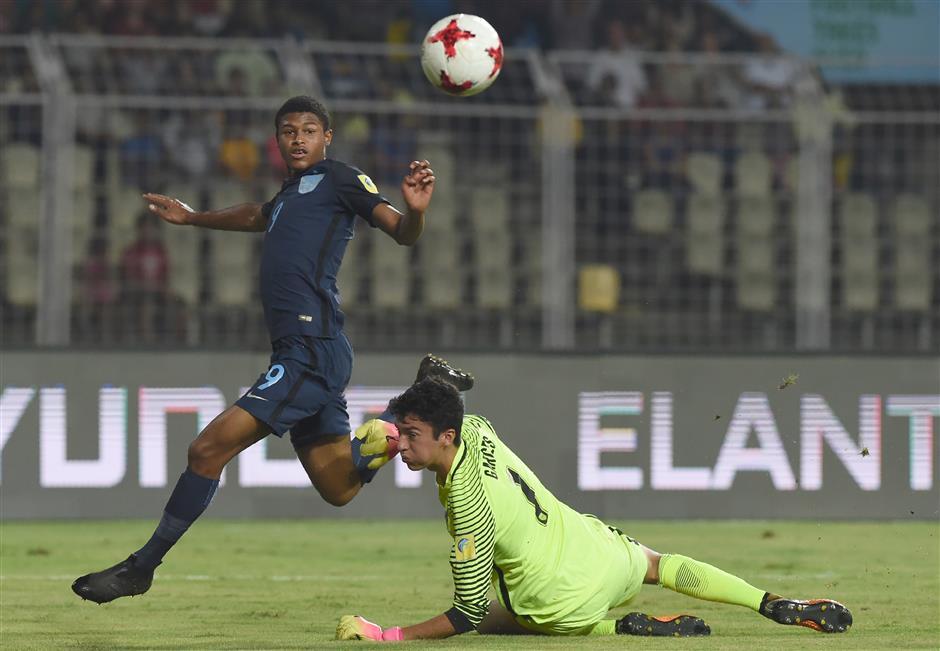 Liverpool's trio of young strikers seeks elusive breakthrough