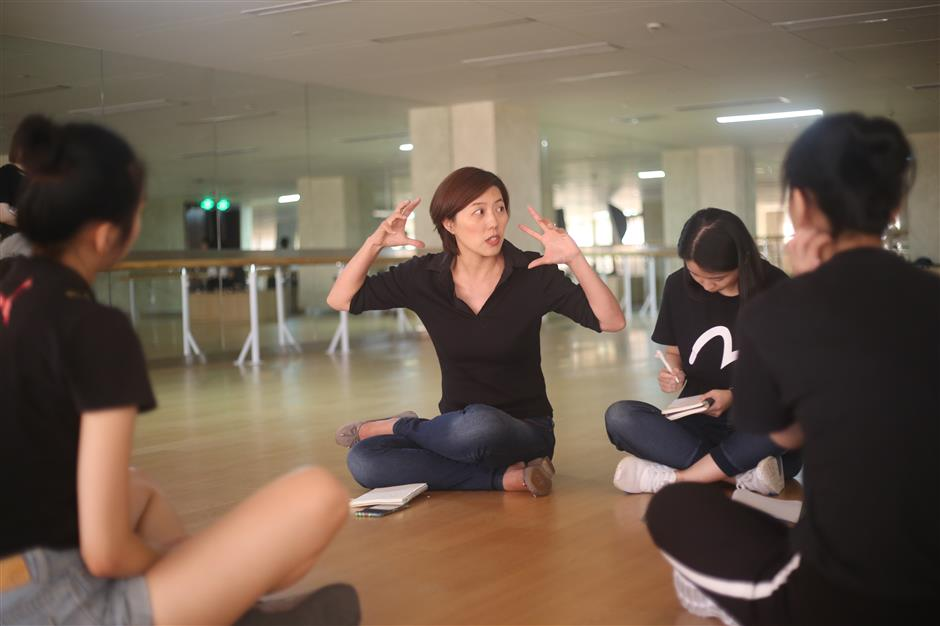 Theater to develop the young mind