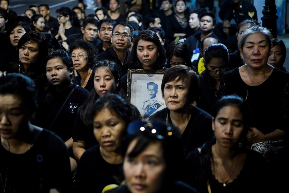 Yearlong mourning stops for  Thai king