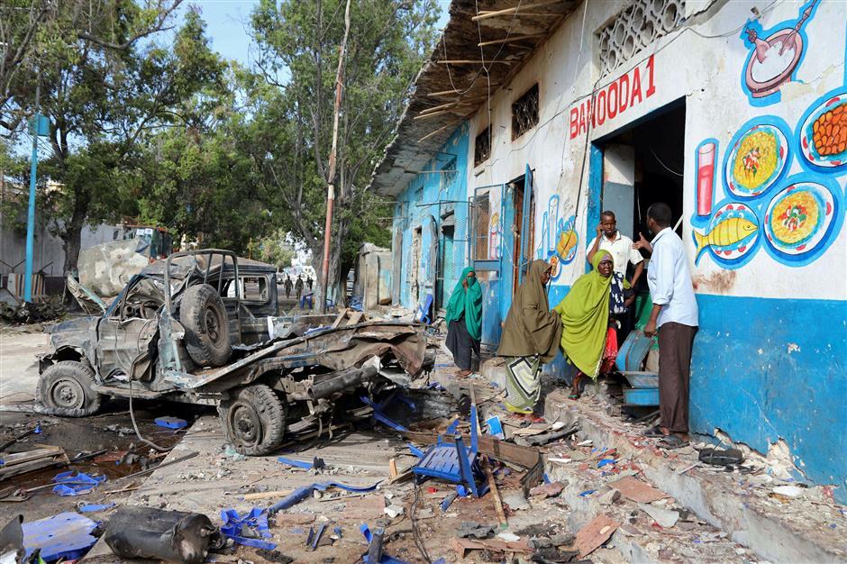 Somalia police end hotel siege, 23 killed