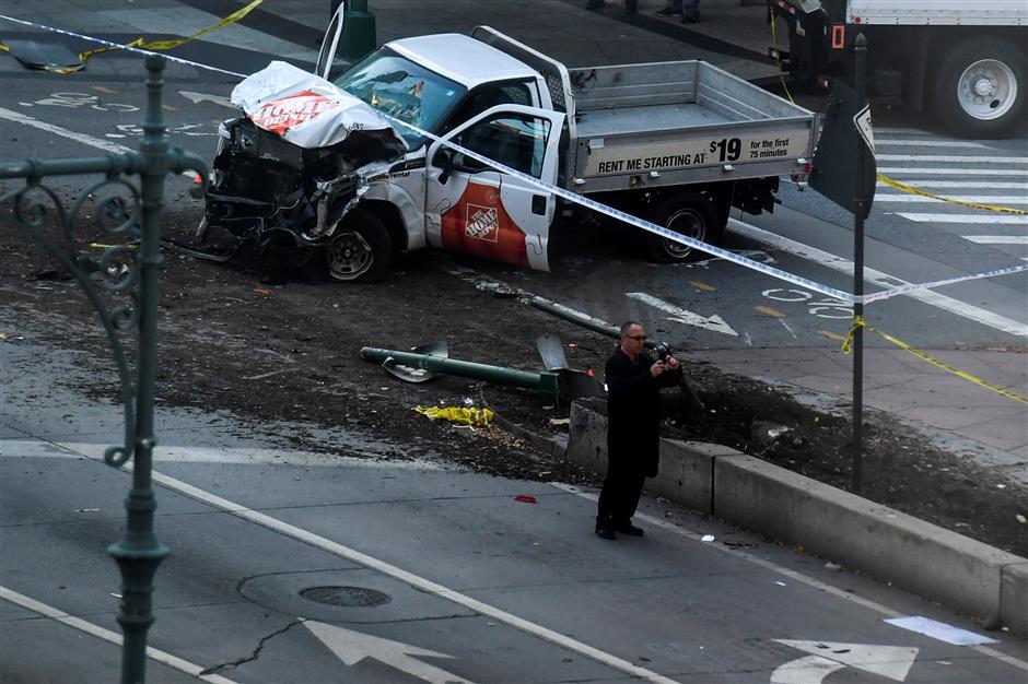 Suspect kills eight in New York truck 'act of terror'