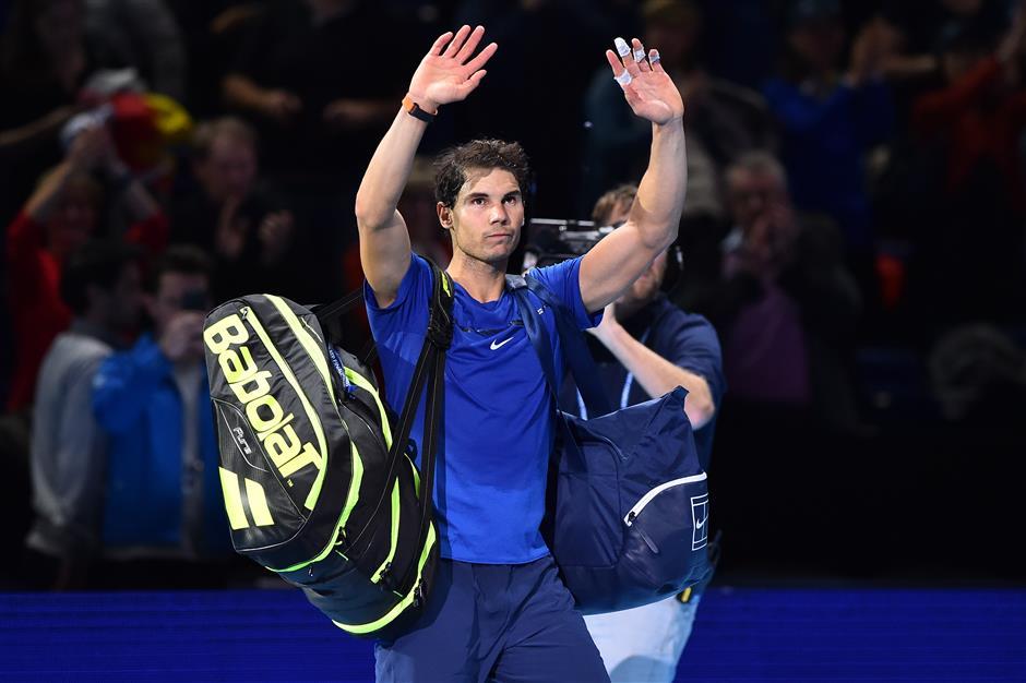 Nadal pullout leaves Federer as last man standing in London