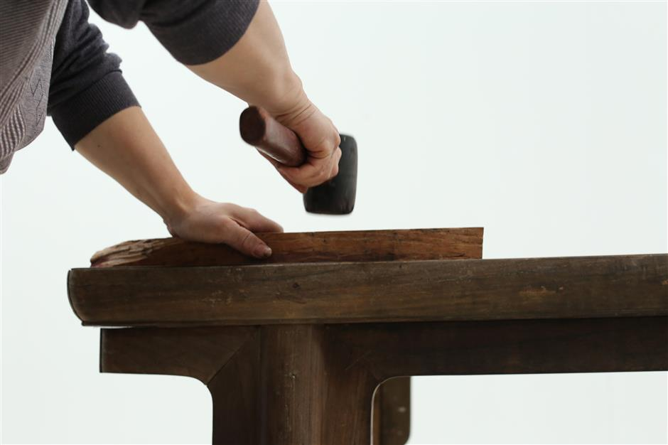 The perfect joint: mortise and tenon