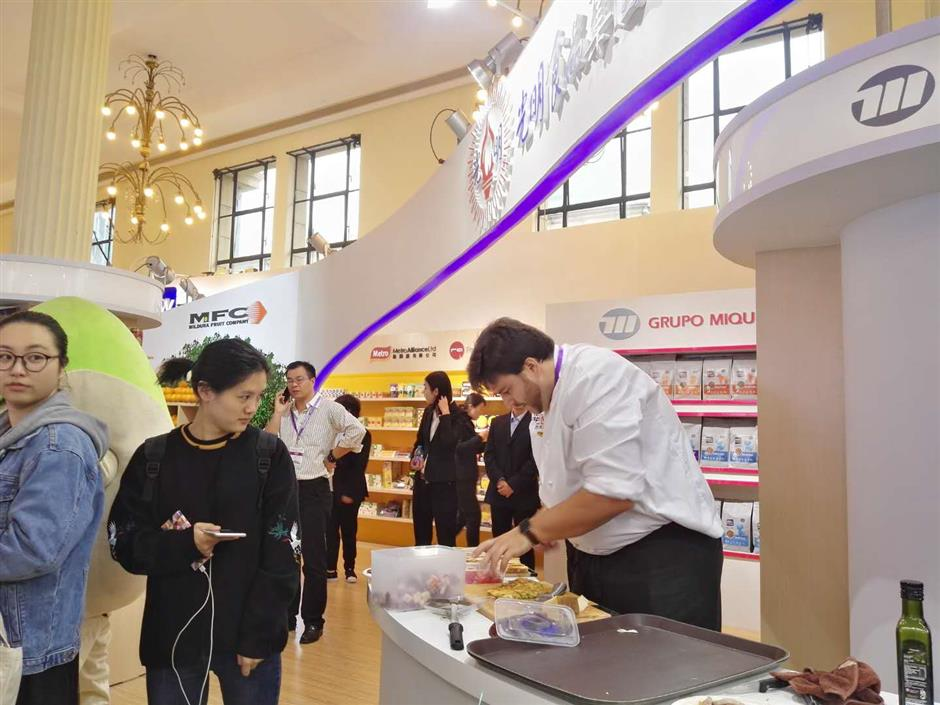International food fair opens in Shanghai