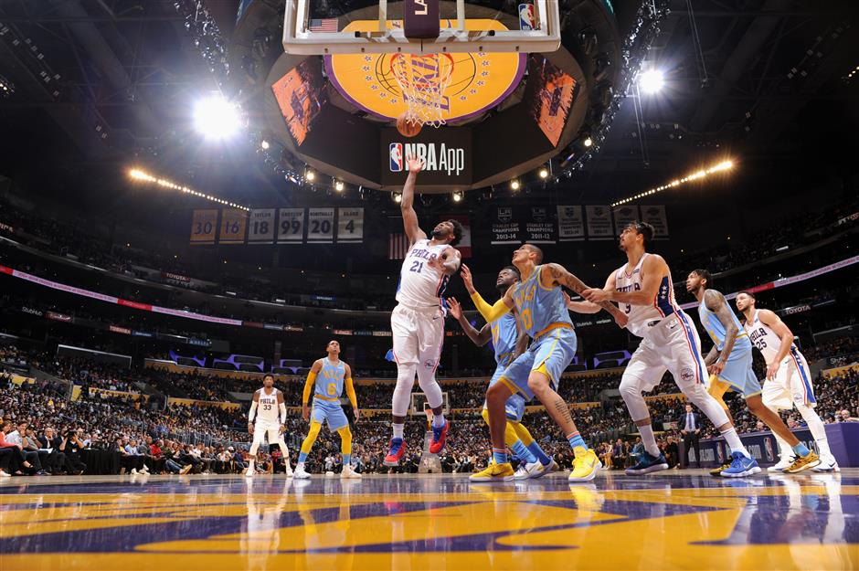 Embiid dominates as Sixers beat Lakers in young talent showcase