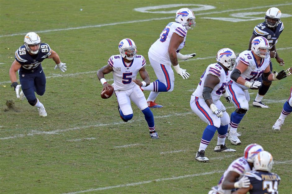 Bills reverse course in having Taylor start against Chiefs