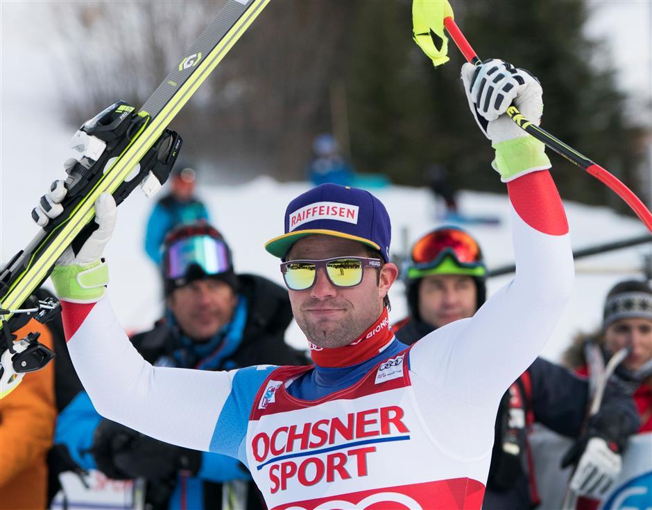 Rebensburg edges Shiffrin for giant slalom win at Killington