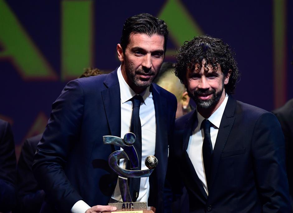 Buffon wins Italy's best player award