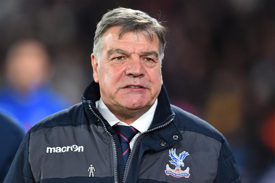 Allardyce to finalize terms with Everton