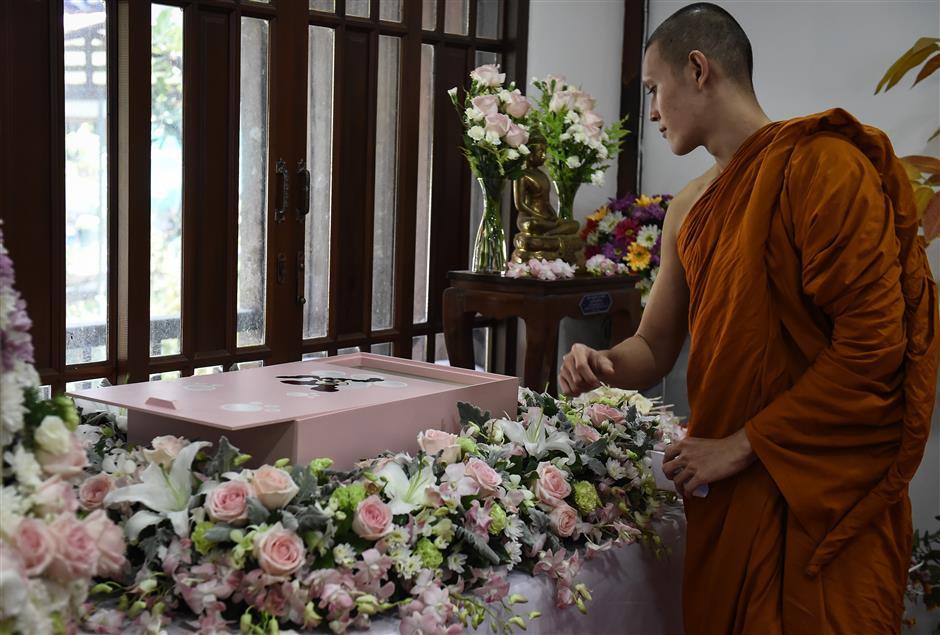 Buddhist pet cremations rising in Bangkok