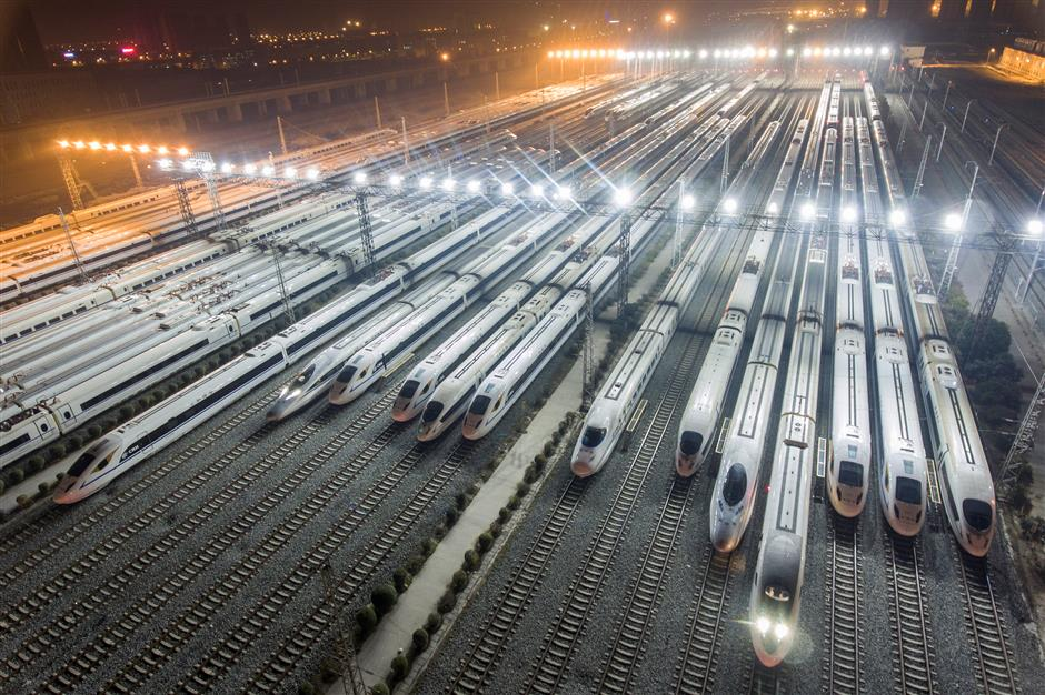 High-speed railway links major west China cities