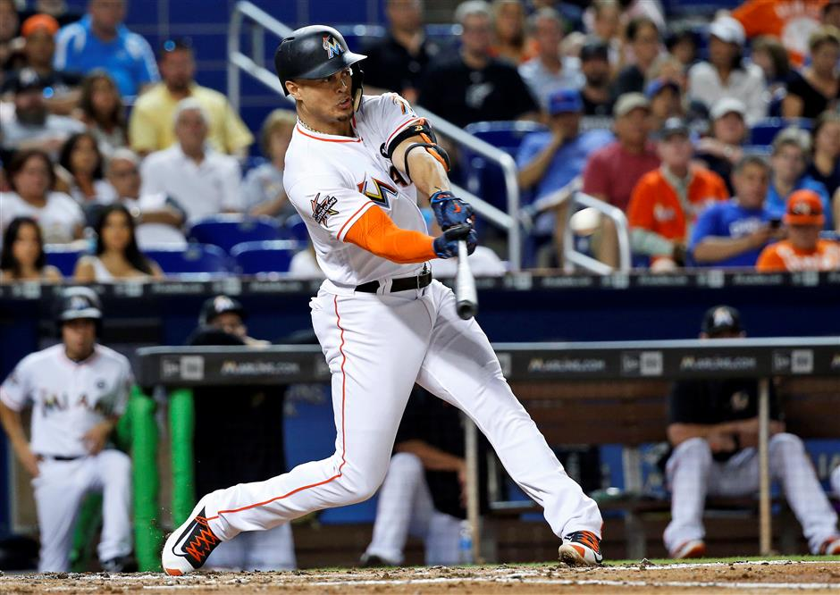 Yankees set to land MVP Stanton from Marlins