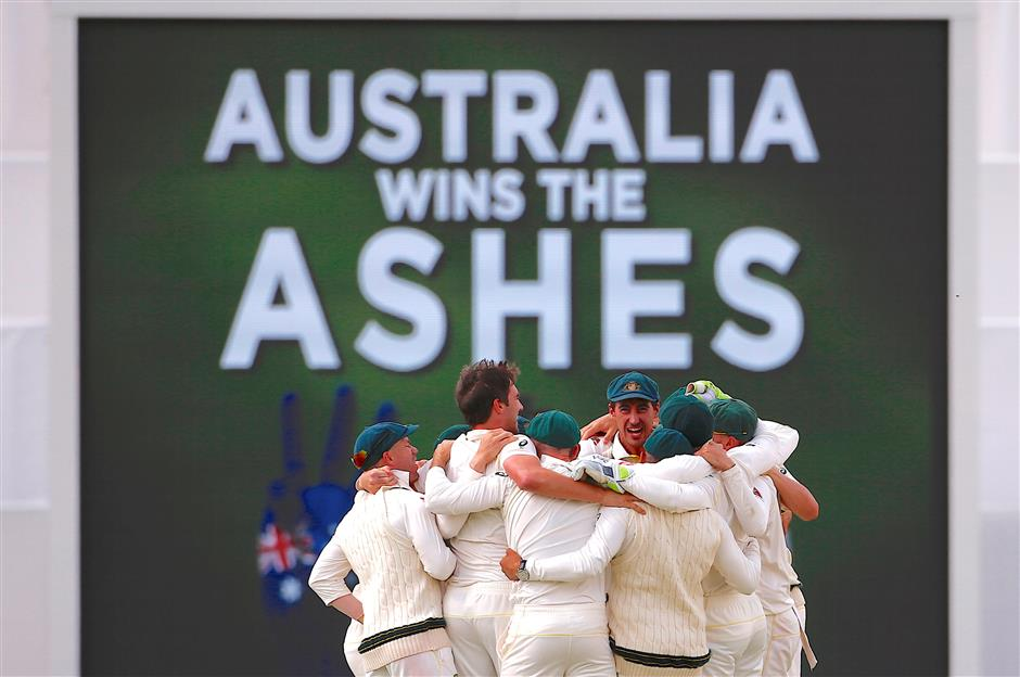 Australia regains Ashes from England