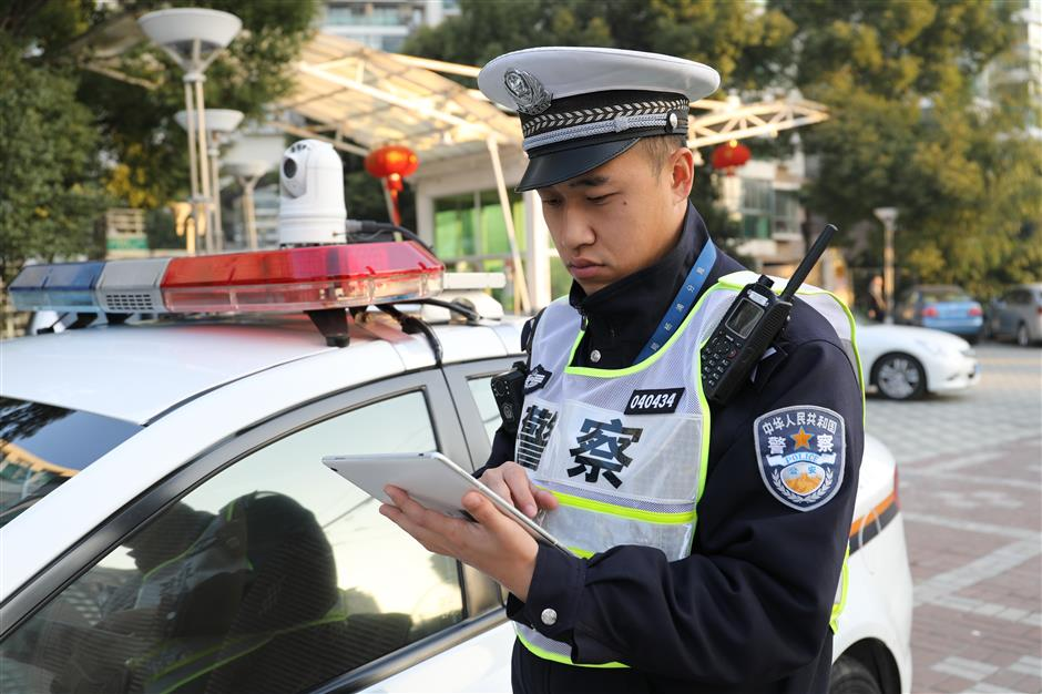 Police drones, car-top cameras catch lane-cutting drivers