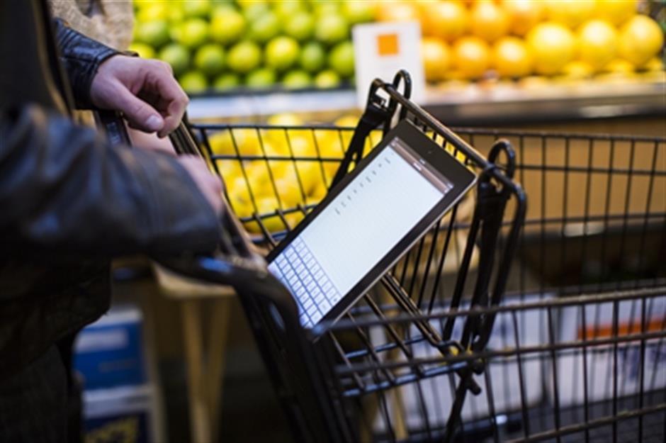Consumer spending on fast moving consumer goods rebounds 5.5 percentannually in Q3