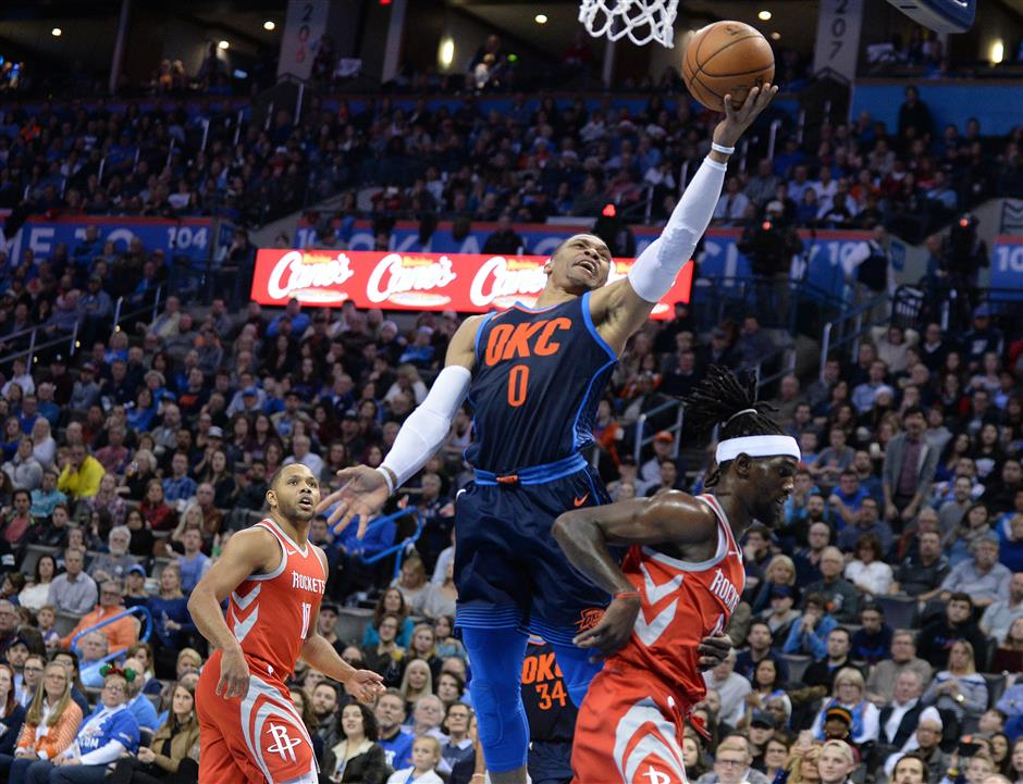 Warriors down Cavaliers; Thunder sink Rockets