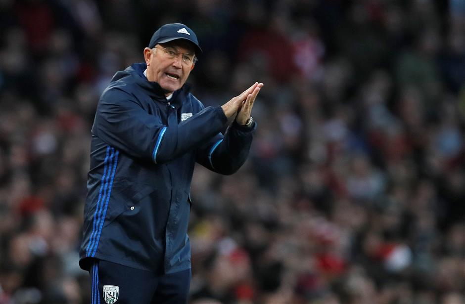 Pulis replaces Monk as Boro manager