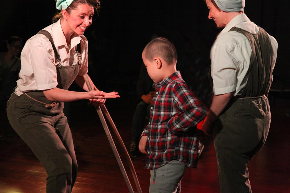 Showingkids the joys of art and theater